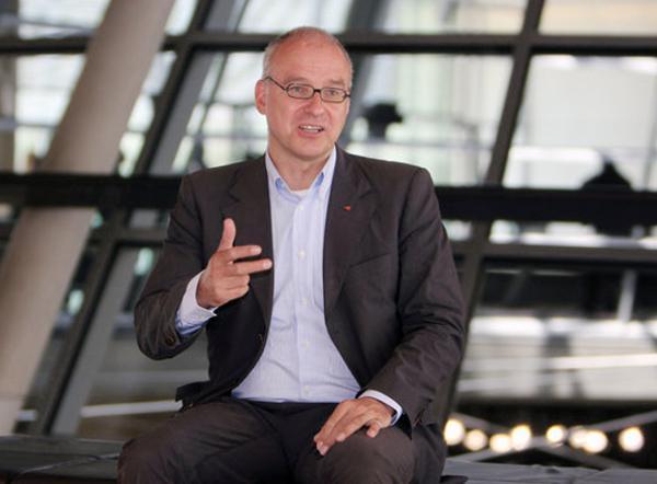 Matthias W. Birkwald - rentenpolitischer Sprecher der Partei DIE LINKE im Bundestag