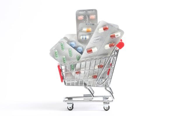 Sollen Versandapotheken weiterhin mit allen Medikamente handeln dürfen?