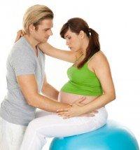 Geburtsvorbereitungskurse für Partner werden von manchen Krankenkassen übernommen oder bezuschusst