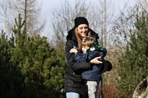 Mutter-Kind-Kuren oder Vater-Kind-Kuren sind gesetzliche Leistungen der Krankenkassen, (c) Margit Völtz / pixelio.de