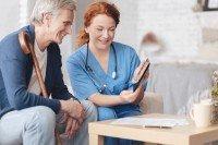 Häusliche Pflege wird nach Unfällen oder OPs gewährt