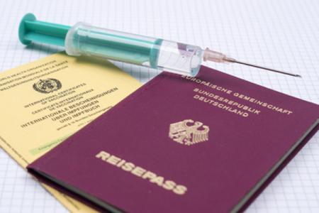 Für Auslandsreisen empfiehlt die STIKO verschiedene Reiseimpfungen