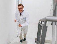 Treppe statt Aufzug - Credo von Präventionsmediziner Prof. Martin Halle