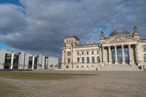 Bundestag in Berlin , (c) Getty Images / Cineberg