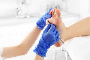 medizinische Fußpflege und Krankenkassen , (c) getty Images / Andrey Popov